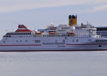Special ferry rates with Trasmediterranea